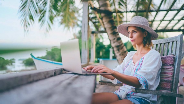 The new habit of working remotely while on vacation
